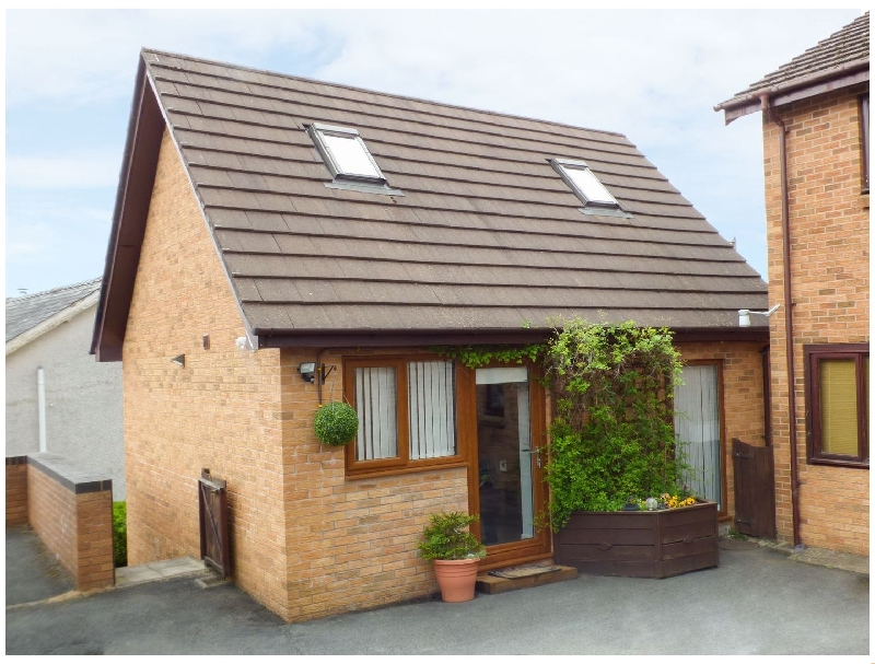 Penylodge a holiday cottage rental for 2 in Builth Wells,