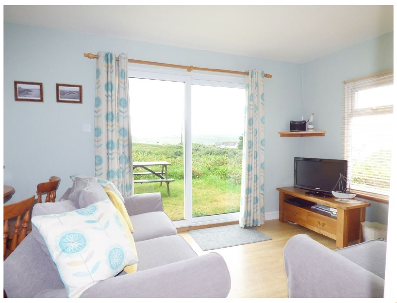A6 Rushdune a holiday cottage rental for 6 in Hayle,
