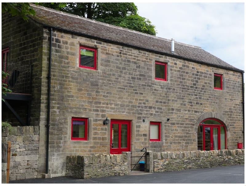 Unsliven Bridge Barn a holiday cottage rental for 7 in Stocksbridge,