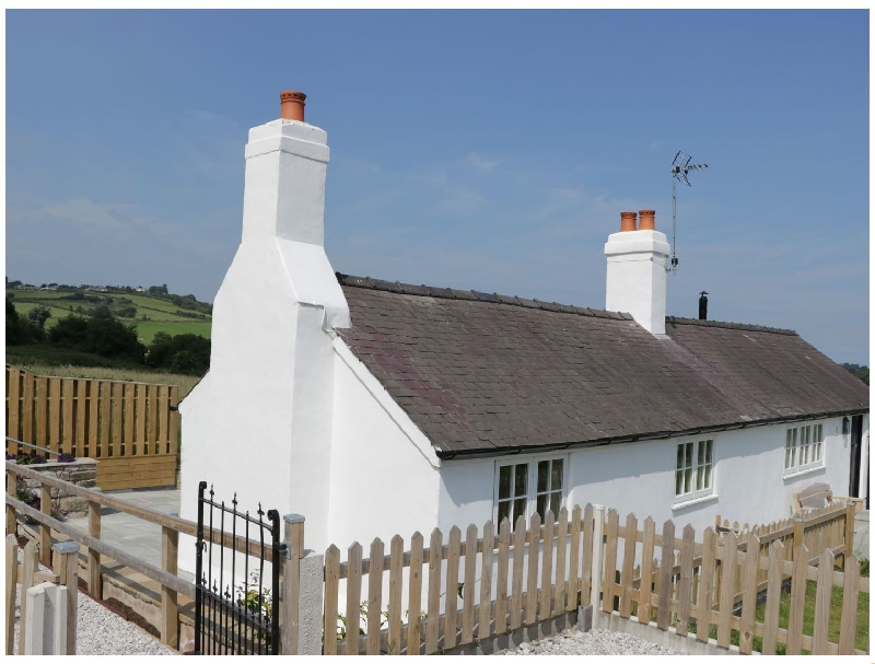 Quarry Cottage a holiday cottage rental for 2 in Llanasa,