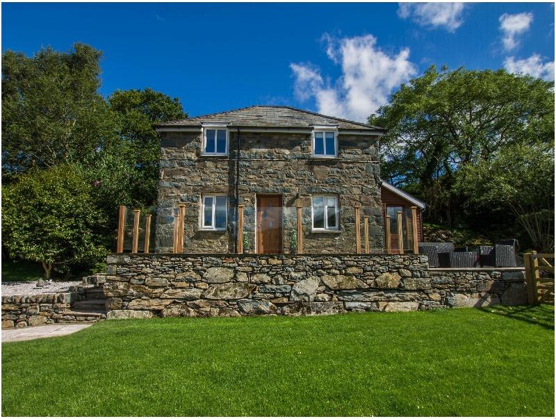 Moelfre Cottage a holiday cottage rental for 4 in Llanbedr,