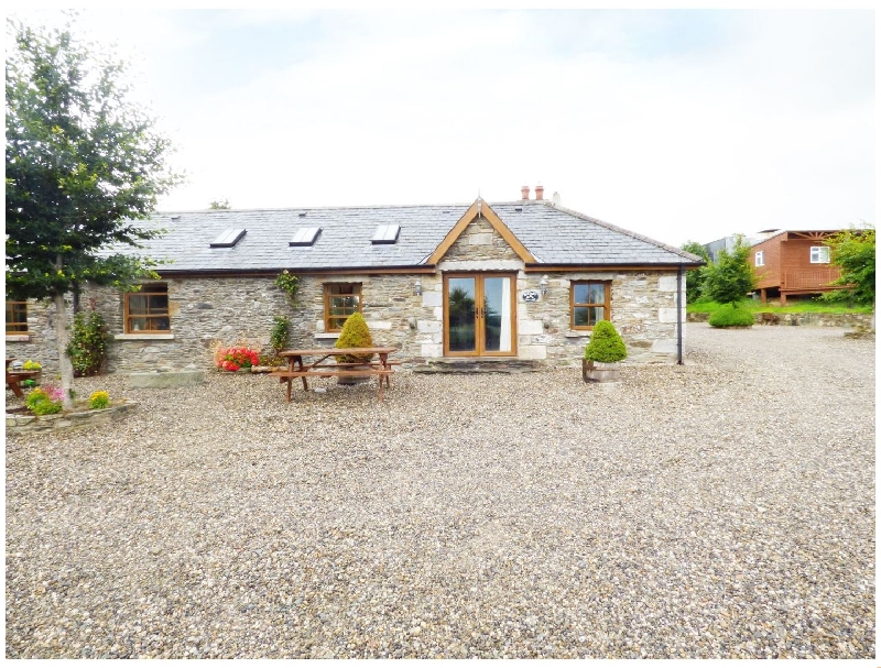 Daffodill Cottage a holiday cottage rental for 4 in Tinahely,