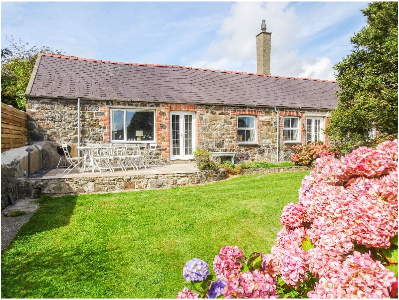 The Shippons a holiday cottage rental for 8 in Abersoch,