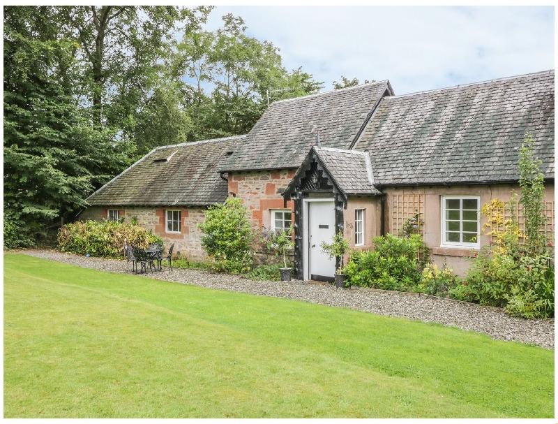 Ellanderroch a holiday cottage rental for 4 in Drymen,