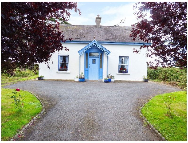 Buttercup Cottage a holiday cottage rental for 6 in Ardagh,