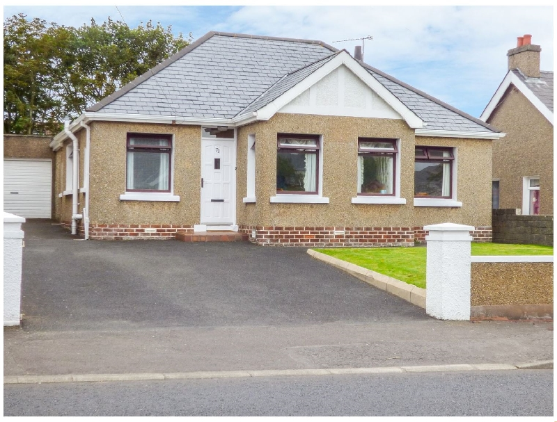 Strand Hill a holiday cottage rental for 9 in Portstewart,