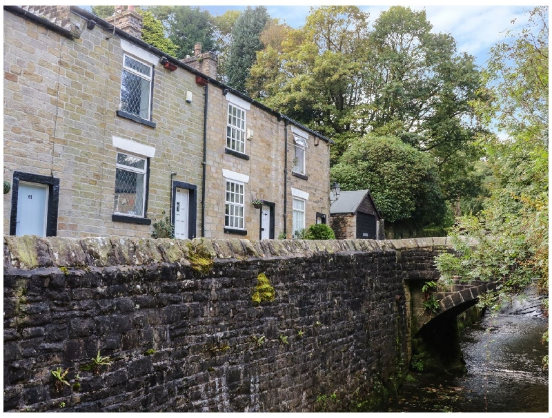 Brook Fall Cottage a holiday cottage rental for 3 in Barrow Bridge,