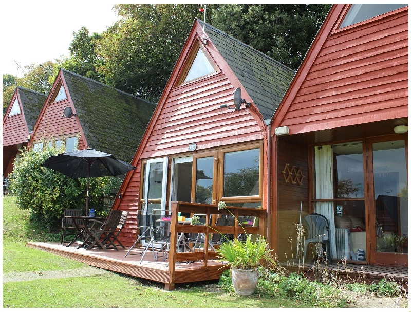 132 Pebble Beach a holiday cottage rental for 6 in Kingsdown ,