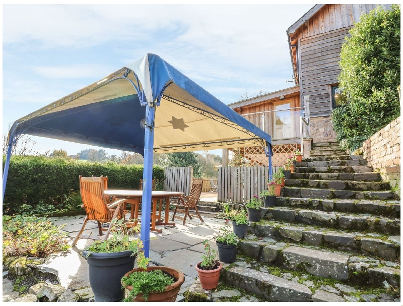 Gatehouse Studio a holiday cottage rental for 2 in Newtown,