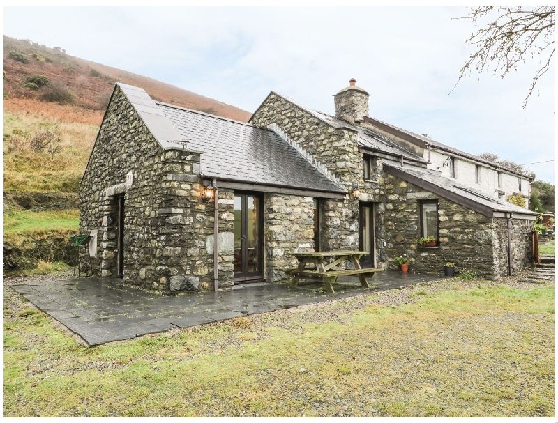 Nant-y-Pwl Cottage a holiday cottage rental for 4 in Llanegryn,