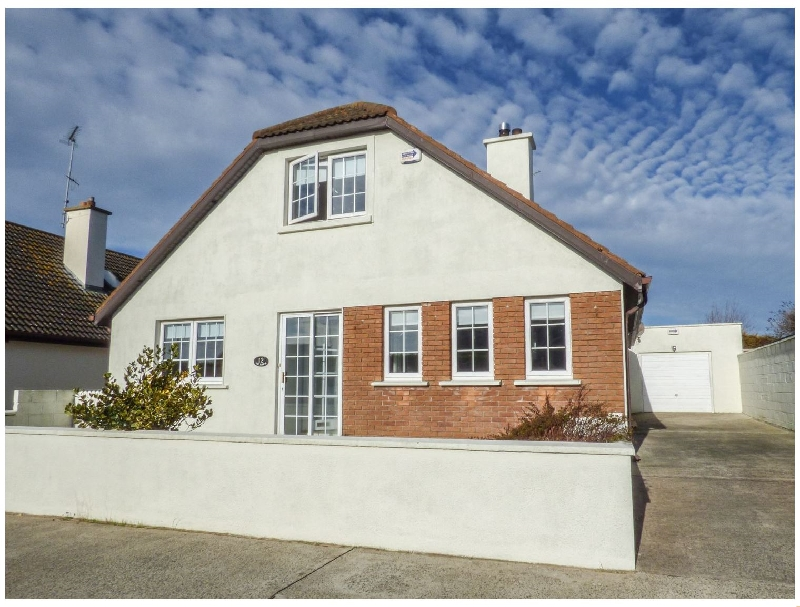 Tigh Bawn a holiday cottage rental for 9 in Rosslare Strand,