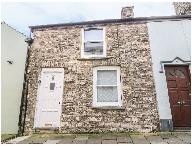 Town Centre Cottage a holiday cottage rental for 4 in Aberystwyth,