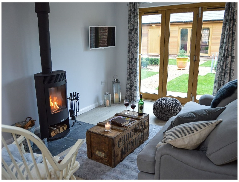 Rabbit's Warren a holiday cottage rental for 2 in Titchfield Common,
