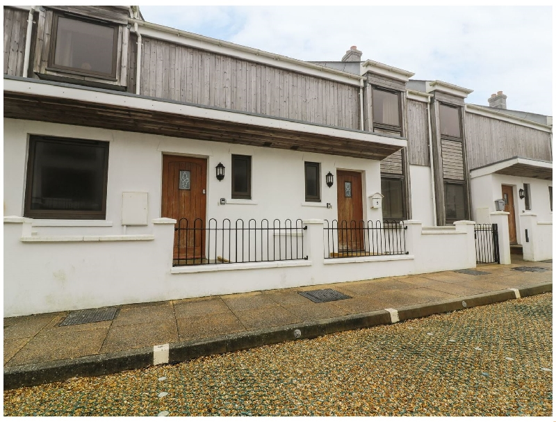 4 Bredon Court a holiday cottage rental for 7 in Newquay,