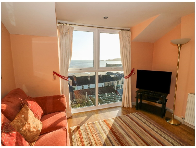 Sea Drift a holiday cottage rental for 4 in Saundersfoot,