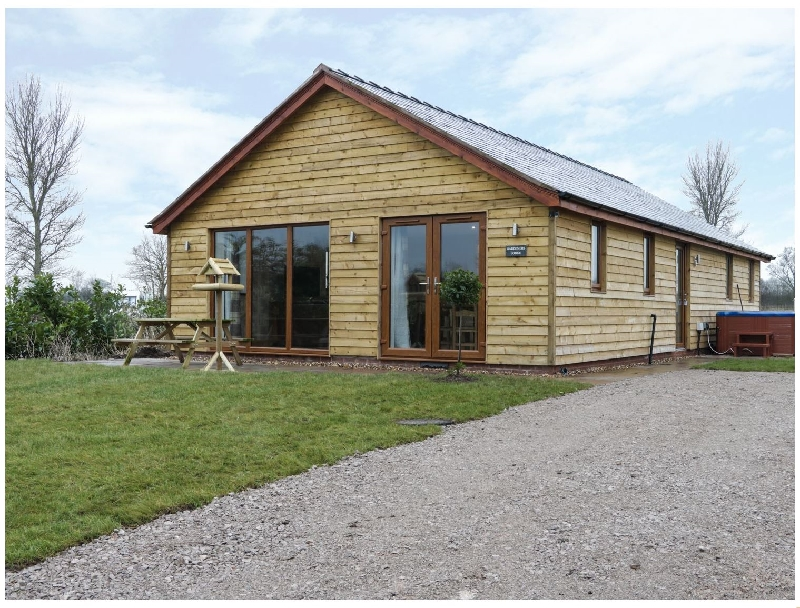 Gardener's Lodge a holiday cottage rental for 4 in Nantwich,