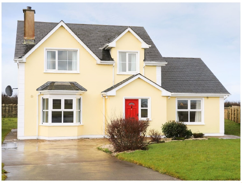 Benbulben View a holiday cottage rental for 10 in Tullaghan,