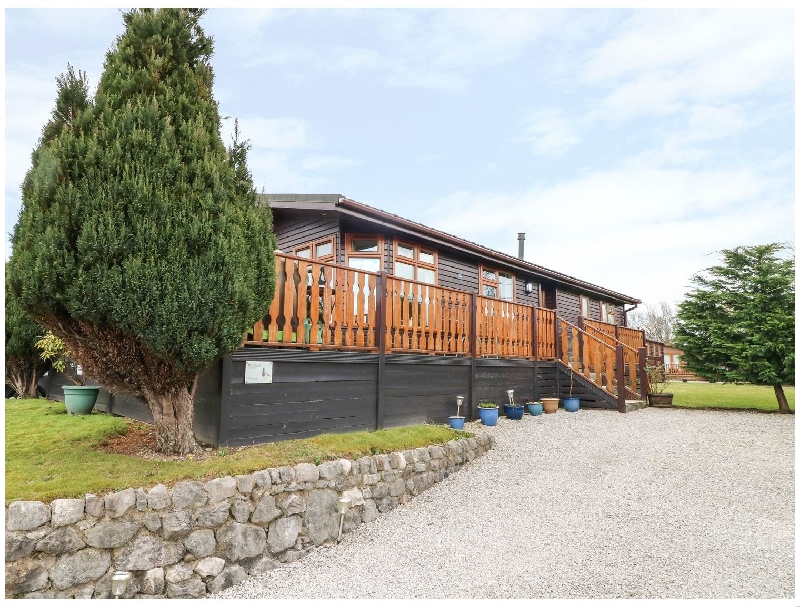 Mallard Lodge a holiday cottage rental for 4 in South Lakeland Leisure Village,