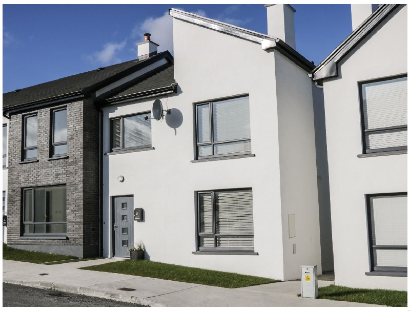 7 Cnoc na Ri a holiday cottage rental for 5 in Strandhill,