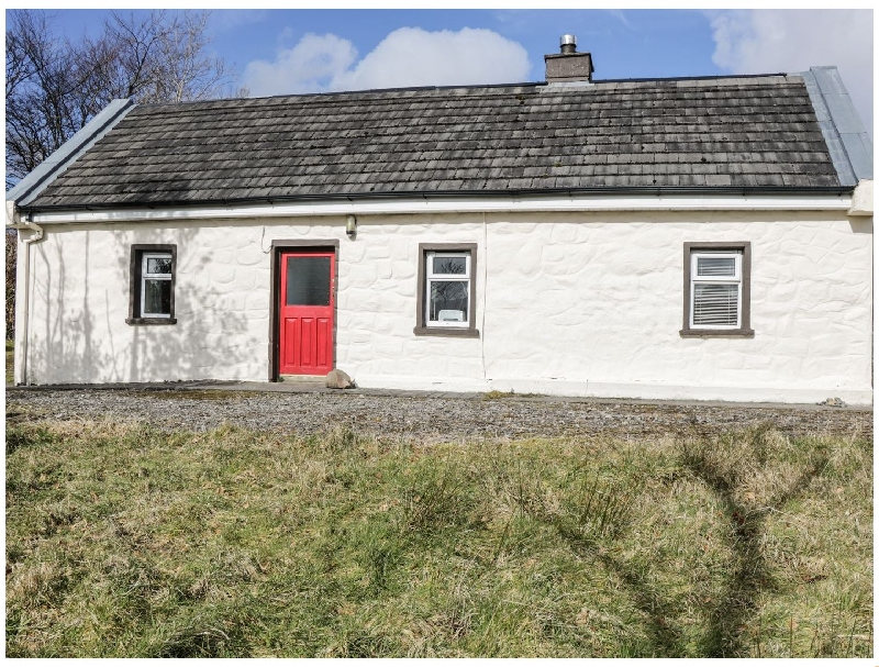 Dolan's Cottage a holiday cottage rental for 4 in Drumkeeran,