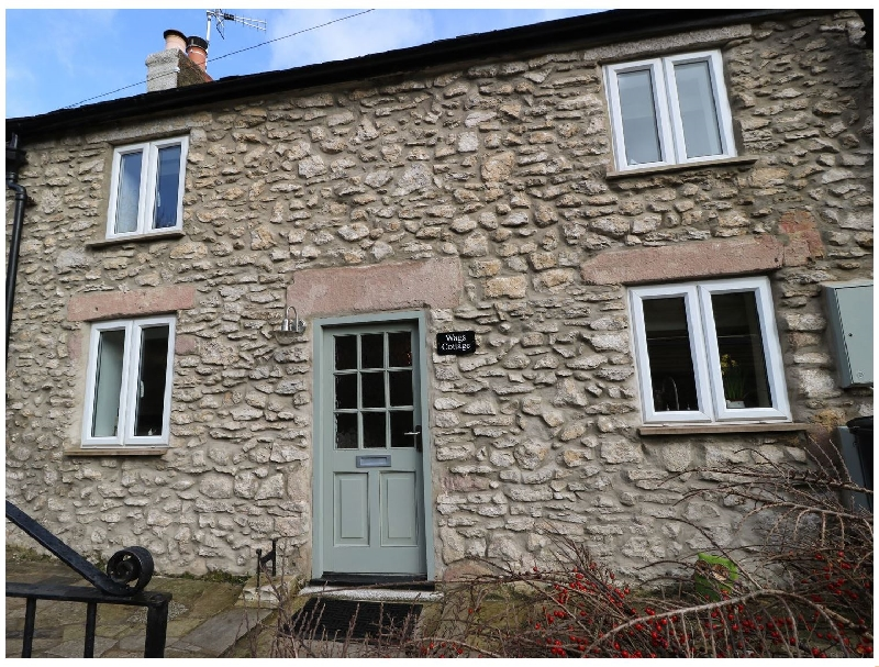Wags Cottage a holiday cottage rental for 3 in Matlock,