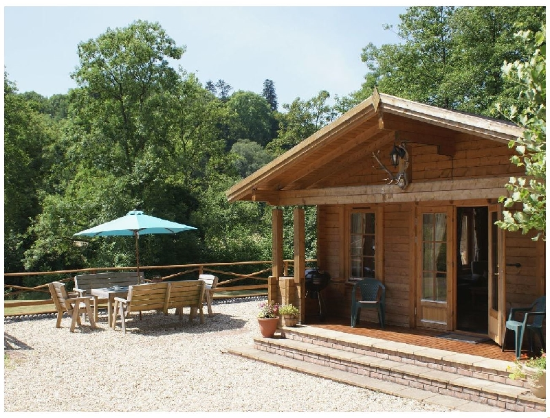 Valley Lodge a holiday cottage rental for 7 in Exebridge,