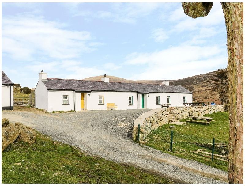 Mary Larkin's Cottage a holiday cottage rental for 2 in Rostrevor,