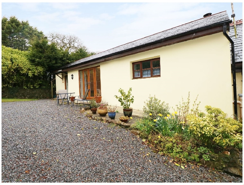 The Hideaway at The Barn a holiday cottage rental for 2 in Amroth,