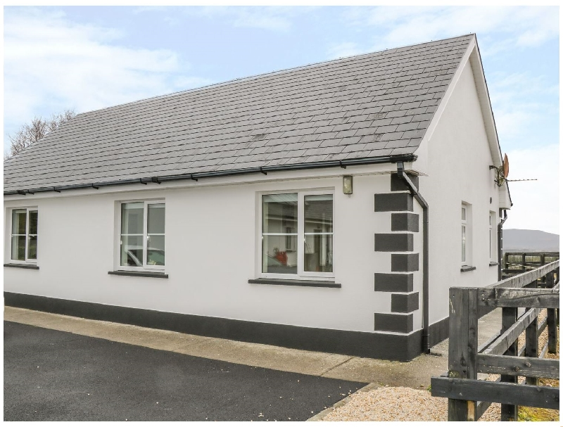 Kilronan Ranch and Tuition Centre a holiday cottage rental for 5 in Knockvicar,