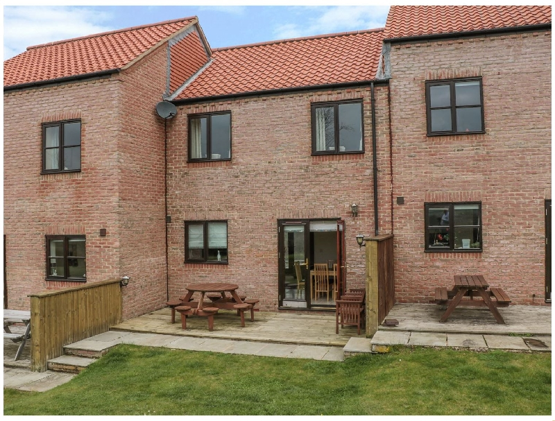 Waddleduck a holiday cottage rental for 5 in Whitby,