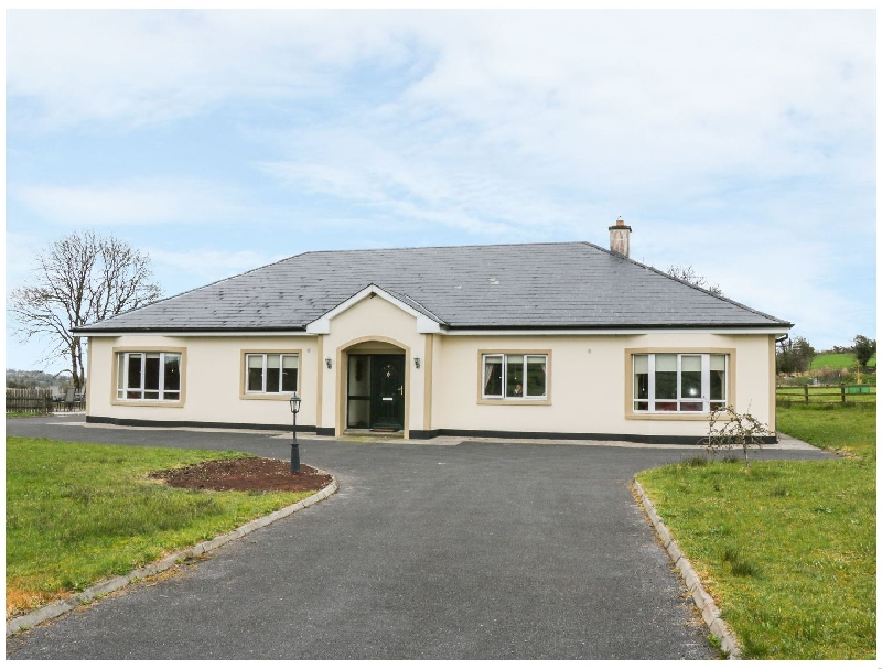 Swallows Nest a holiday cottage rental for 13 in Aughnacliffe,