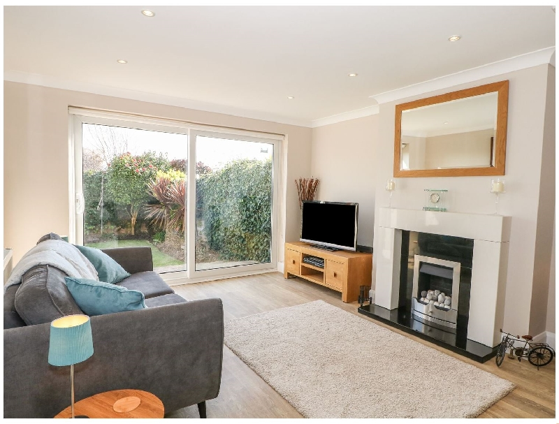Garden Flat a holiday cottage rental for 4 in Goring-By-Sea,