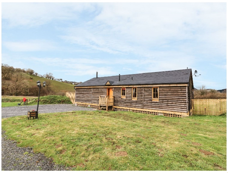 Caban Hare a holiday cottage rental for 6 in Llanbrynmair,