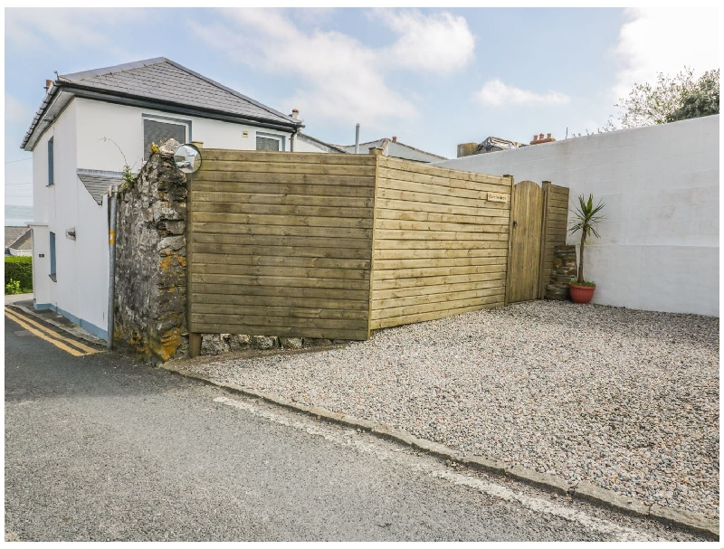 Quarterdeck a holiday cottage rental for 5 in Falmouth,