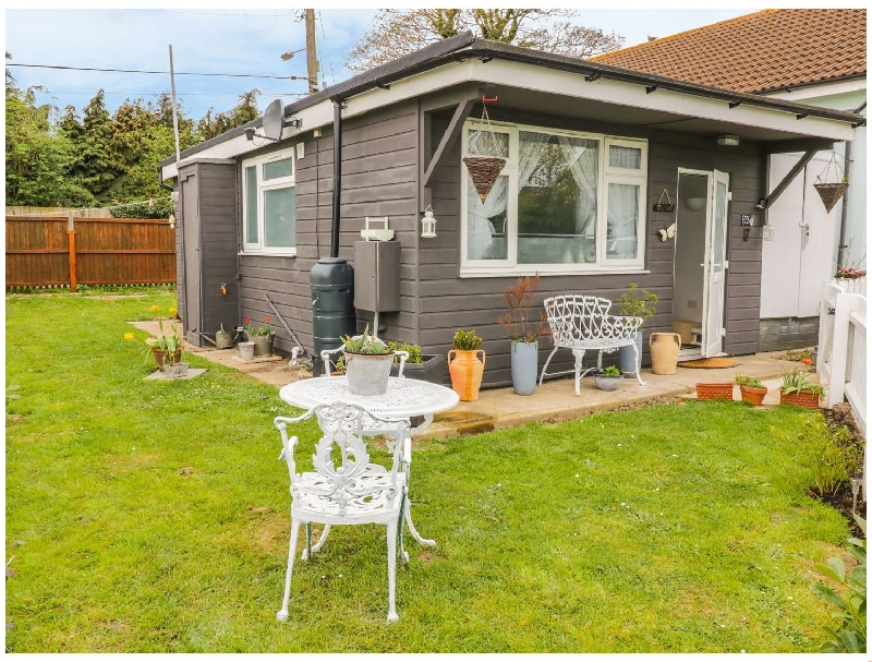 Resthaven a holiday cottage rental for 4 in Harwich,