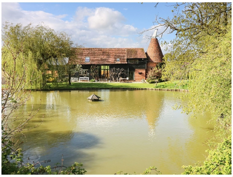 Details about a cottage Holiday at Harbourne Oast
