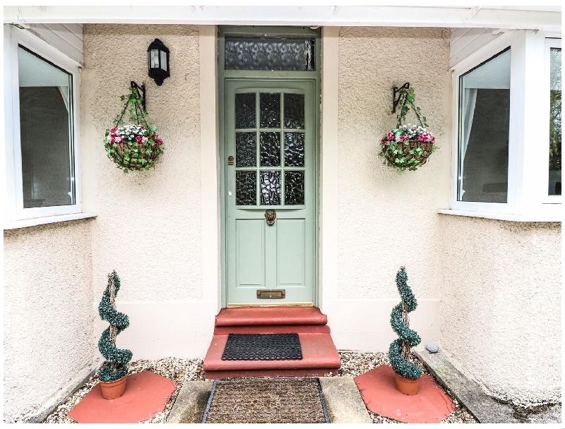 Lakelands a holiday cottage rental for 6 in Pembrey,