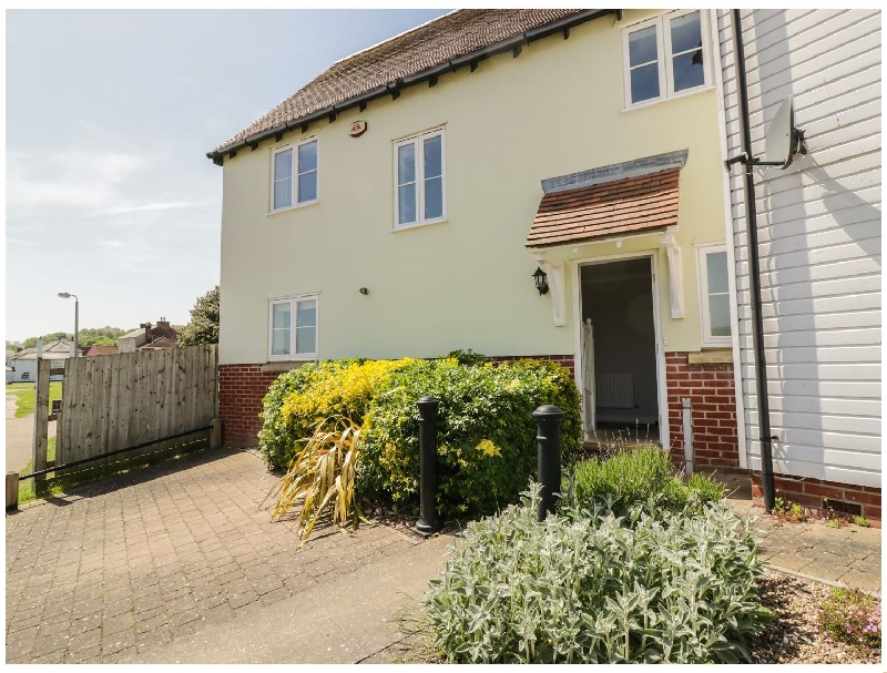 Ivy Cottage a holiday cottage rental for 6 in Rowhedge,