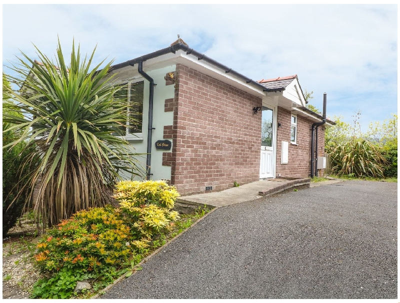 Tai Shan a holiday cottage rental for 5 in Porthmadog,