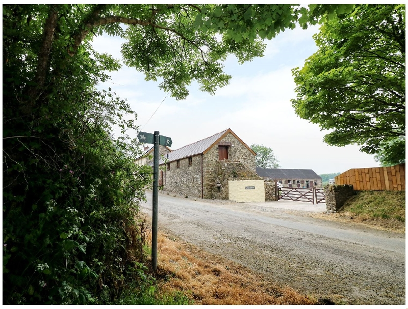 The Corn Loft a holiday cottage rental for 4 in Haverfordwest,