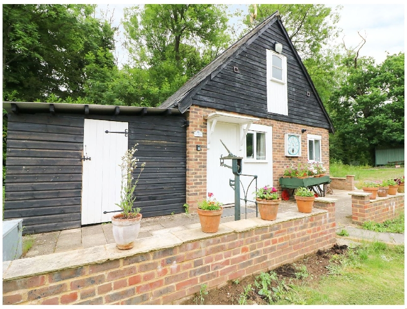 Tick Tock Cottage a holiday cottage rental for 2 in Robertsbridge,