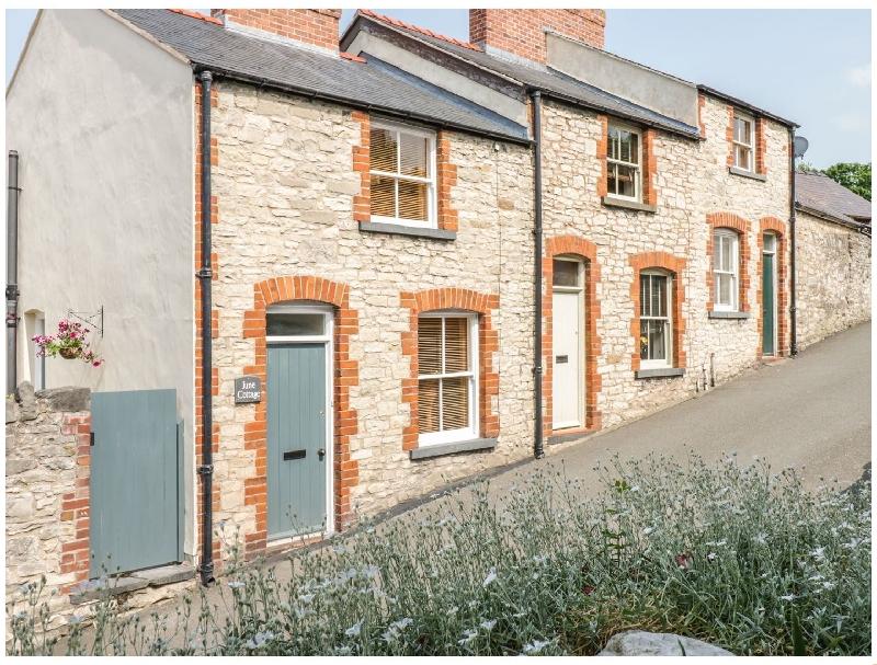 June Cottage a holiday cottage rental for 4 in Denbigh,