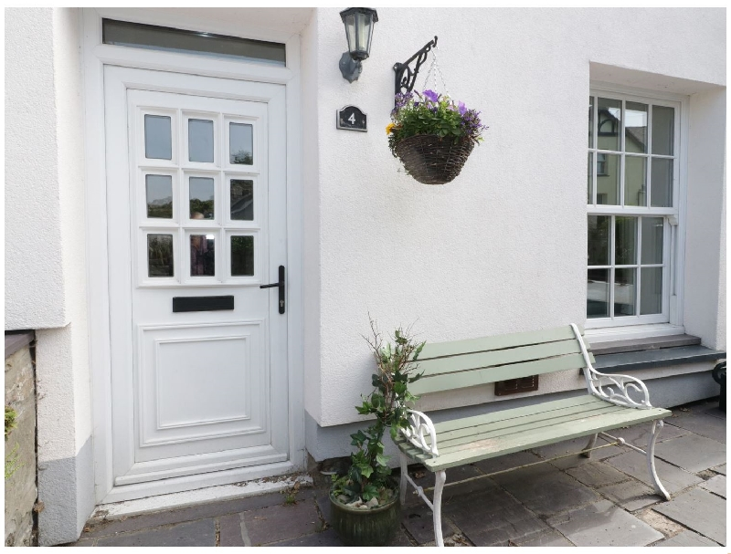 4 Caled Ffrwd a holiday cottage rental for 6 in Deiniolen,
