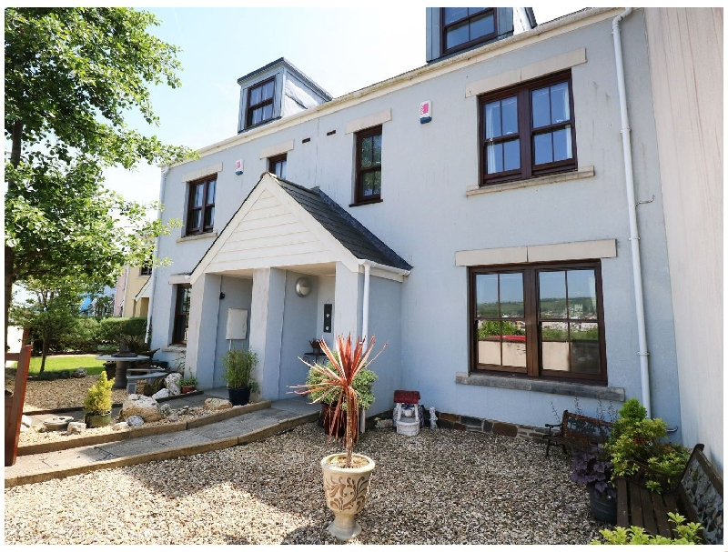 5 Chandlers Yard a holiday cottage rental for 8 in Burry Port,