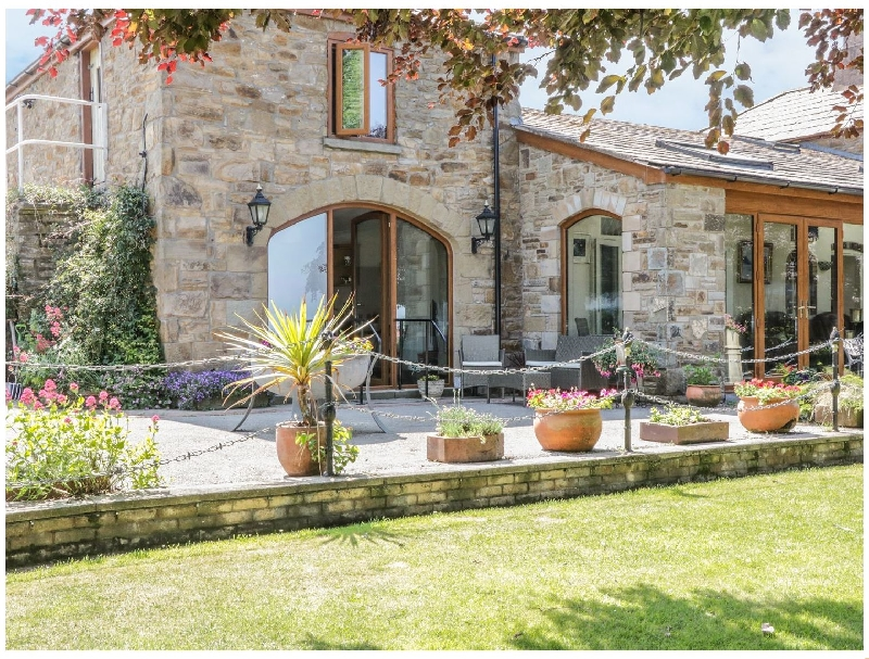 Pentre Bach a holiday cottage rental for 2 in Whitford,