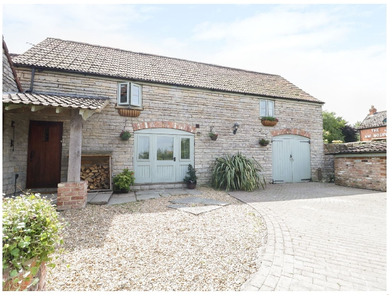 The Barn a holiday cottage rental for 4 in Barton St David,