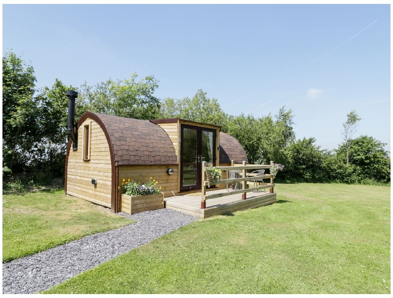 Idris Pod a holiday cottage rental for 2 in St Asaph,