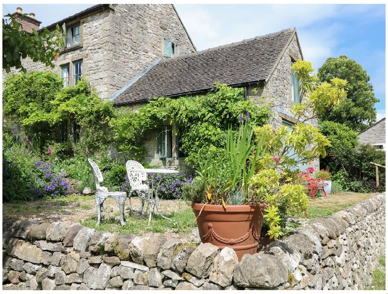 Pail End a holiday cottage rental for 2 in Brassington,