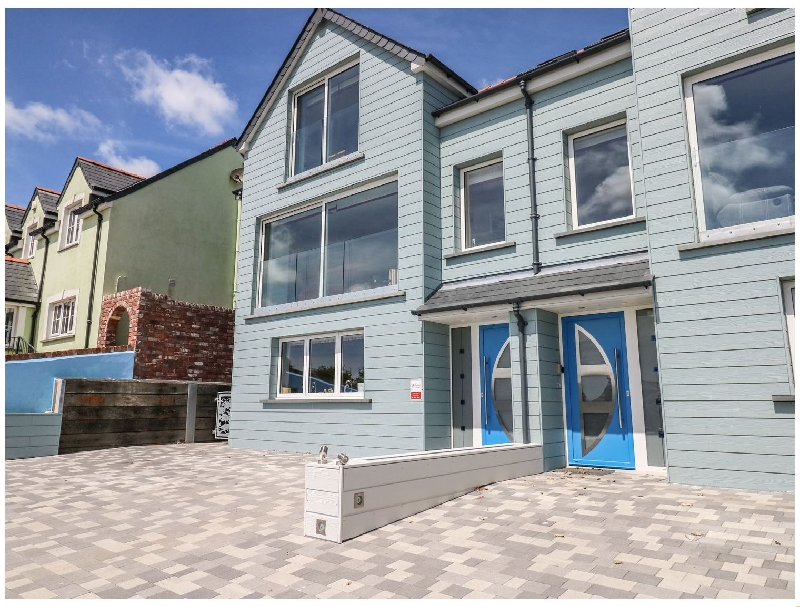 Harmon Vale a holiday cottage rental for 10 in Solva,