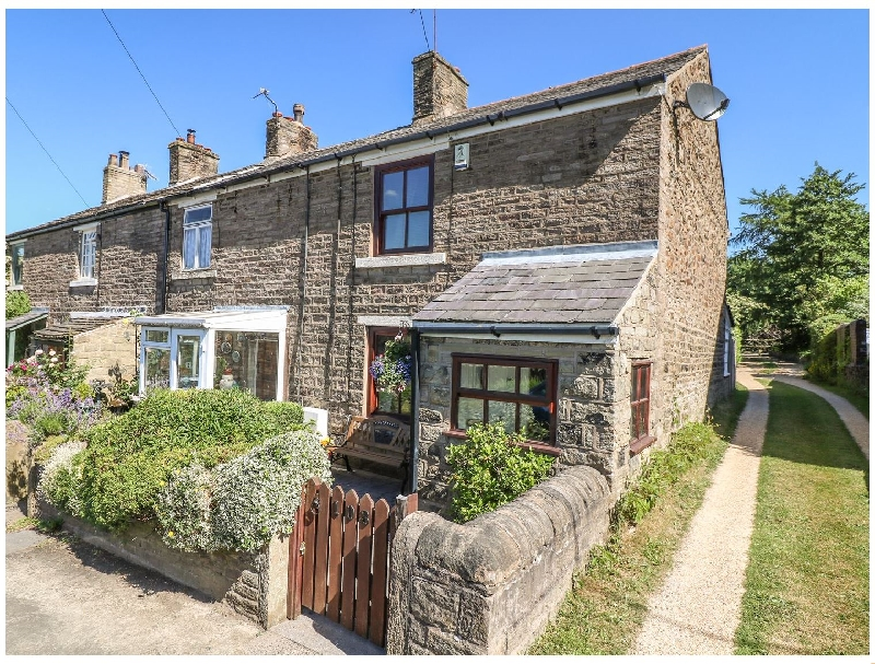 Poets Cottage a holiday cottage rental for 4 in Marple Bridge,